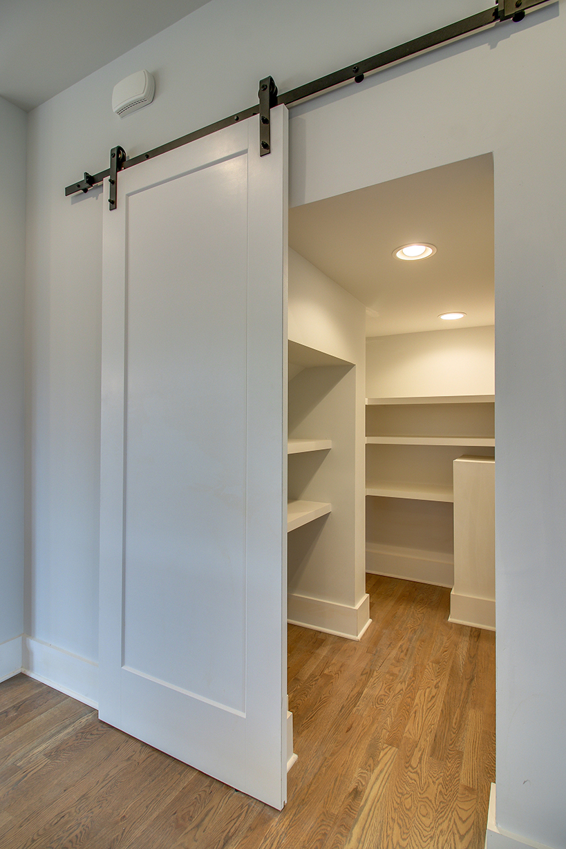 House-Plans-Online-Nashville-Peggy-Newman-Tudor-Barn Door-Closet-Oxford.jpg