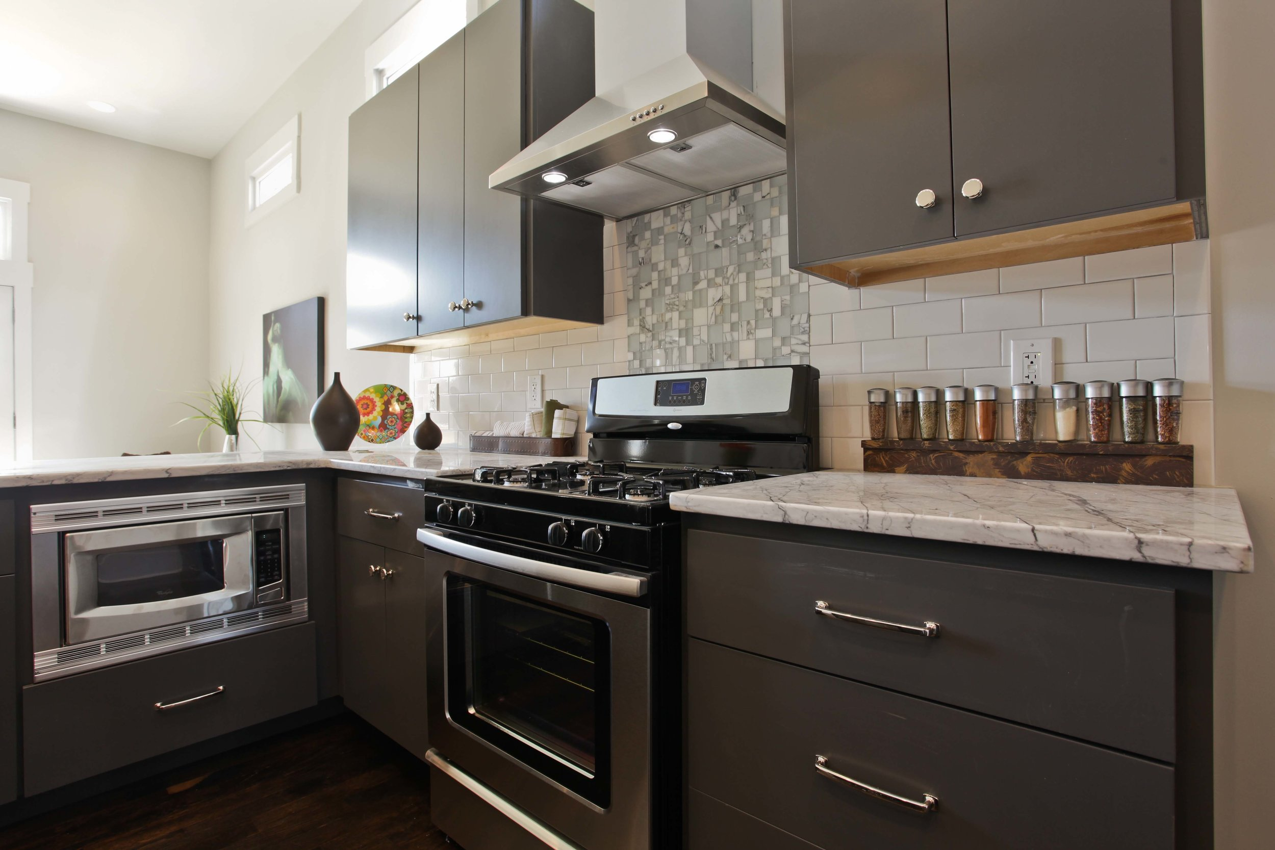 Peggy Newman Designs-Plans-Online-Historic-Delmas-Kitchen-Backsplash.jpg