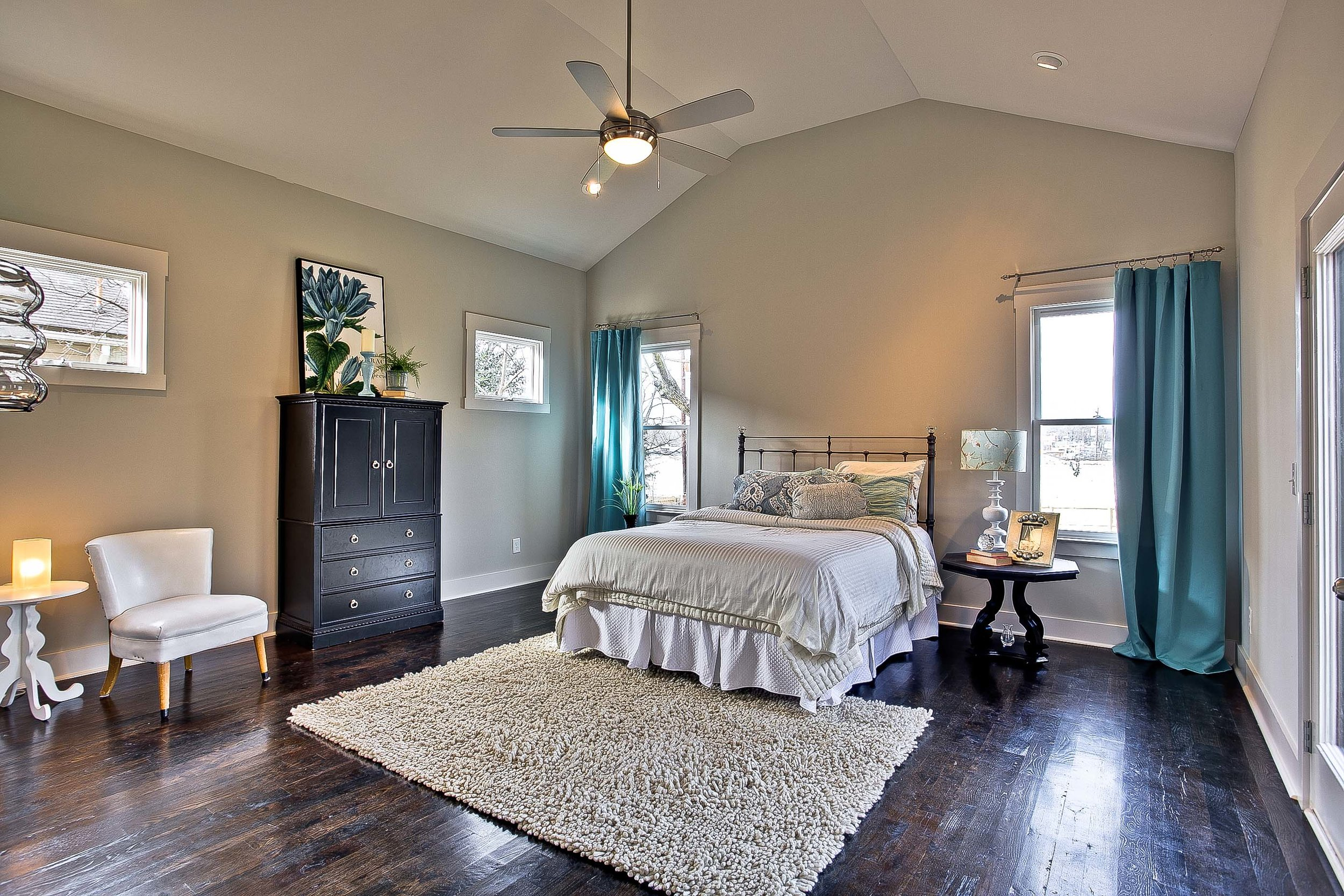 Peggy Newman Designs-Plans-Online-Historic-Douglas-Master-Bed.jpg