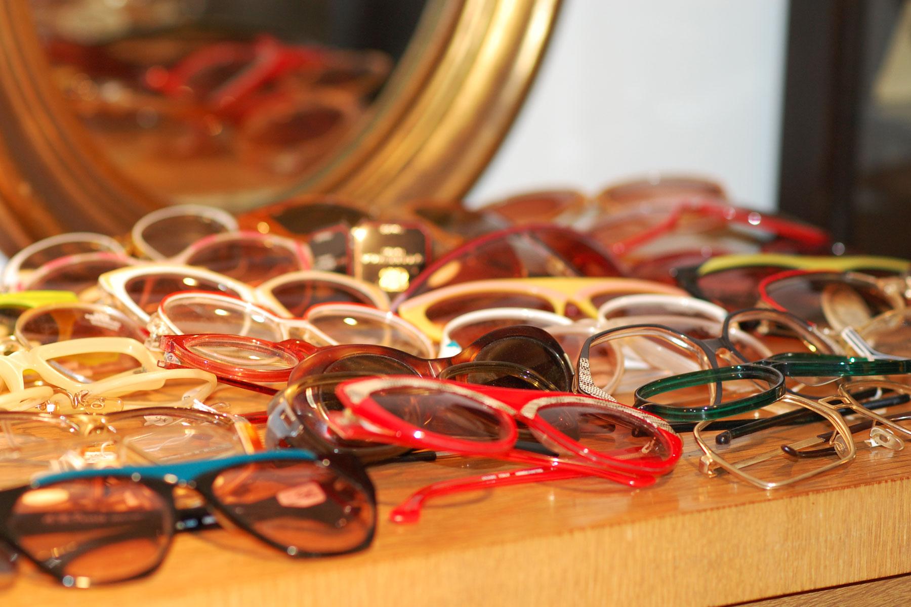 Foyer-Vintage-Store-Glasses.jpg
