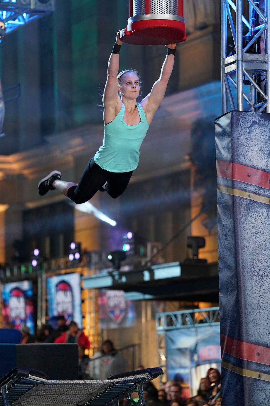 Anna Shumaker competing on season 10 of American Ninja Warrior