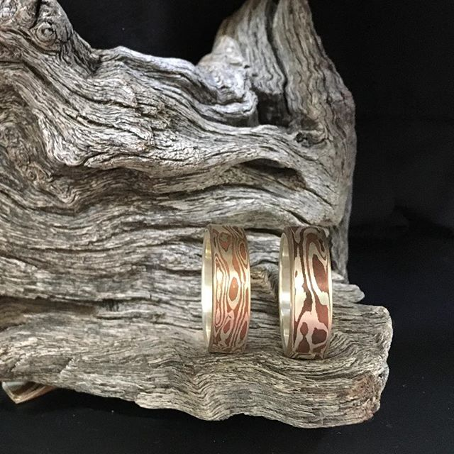 Foothills Fine Arts Festival is happening now! Downtown Golden, Colorado Booth 125 today and tomorrow 10-5.  @foothillsartcenter #foothillsfineartsfestival #artsweekgolden #goldencolorado #localartist #coloradoartist #localjewelry #coloradojewelry #uniquejewelry #uniqueengagementring #ooakjewelry #hisandhis #mokume #mokumegane #mokumeganejewelry #mokumeganering #woodgraining