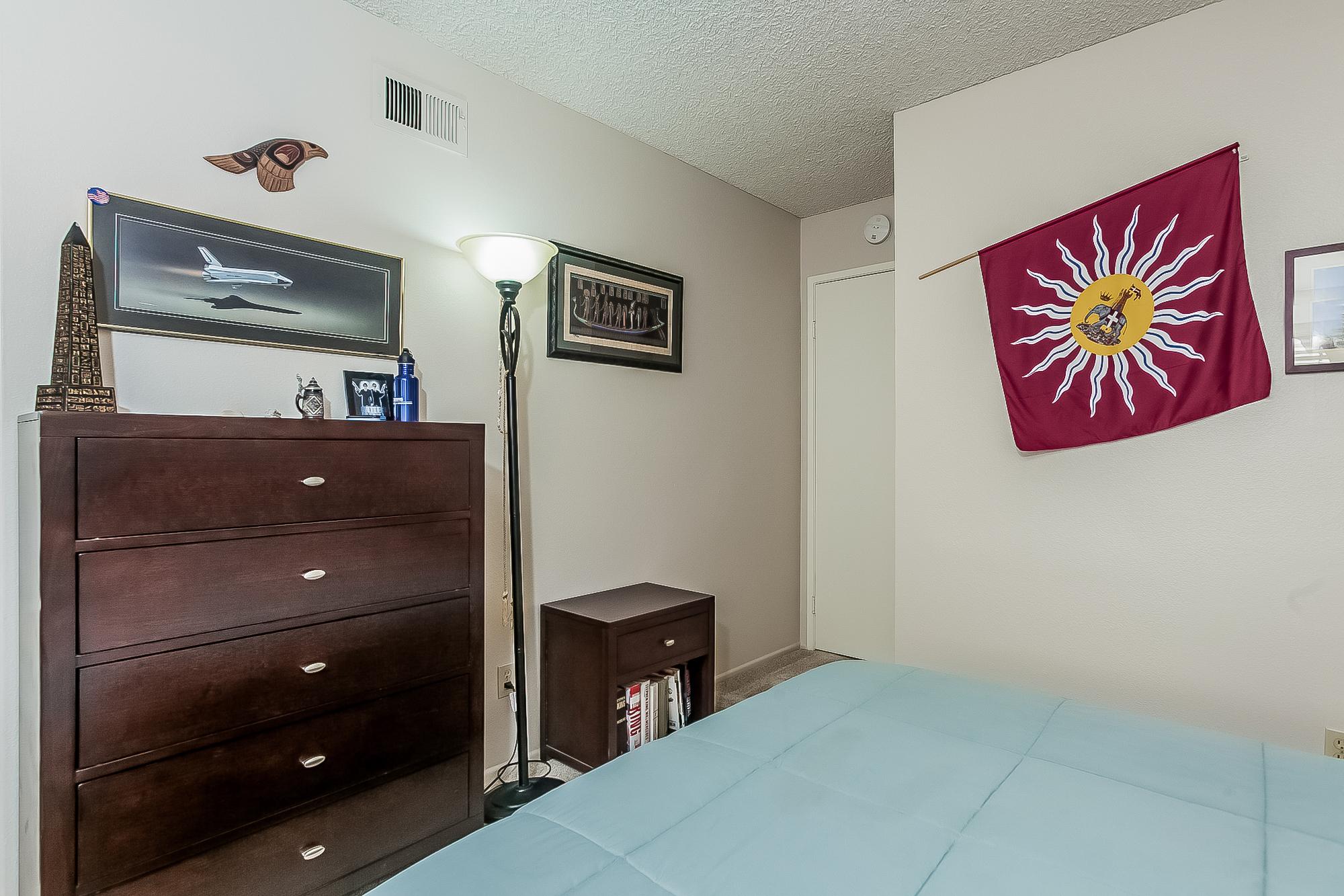 022-Bedroom-2687491-large.jpg
