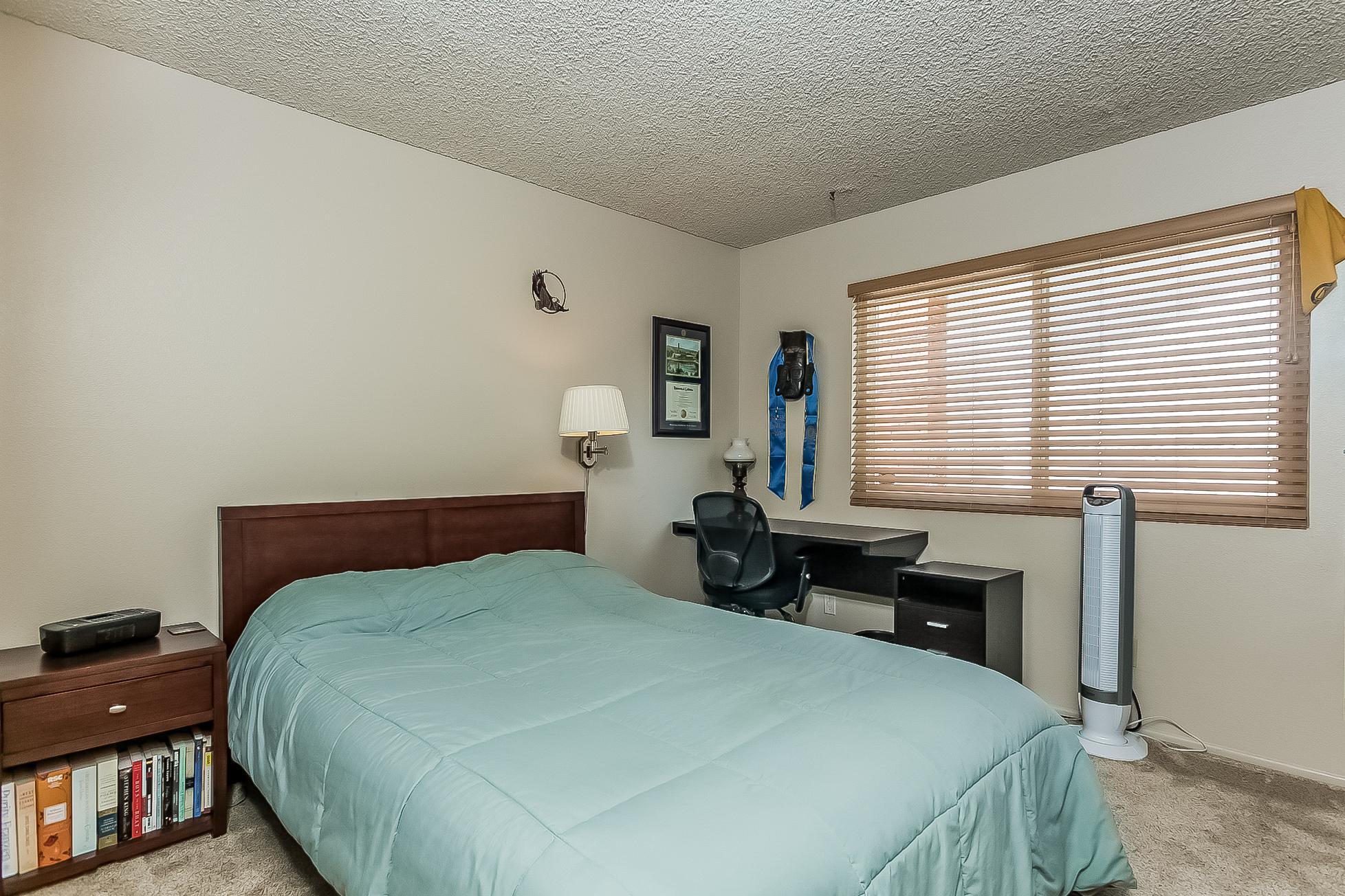 025-Bedroom-2687486-large.jpg