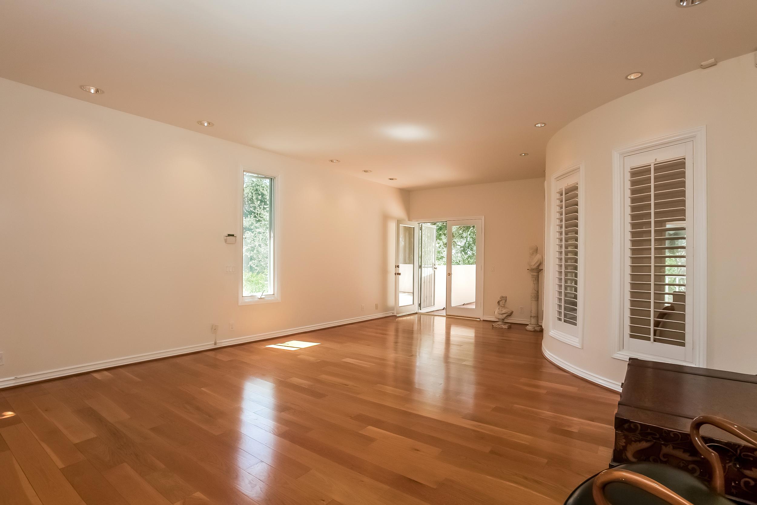 022-Master_Bedroom-2804440-large.jpg