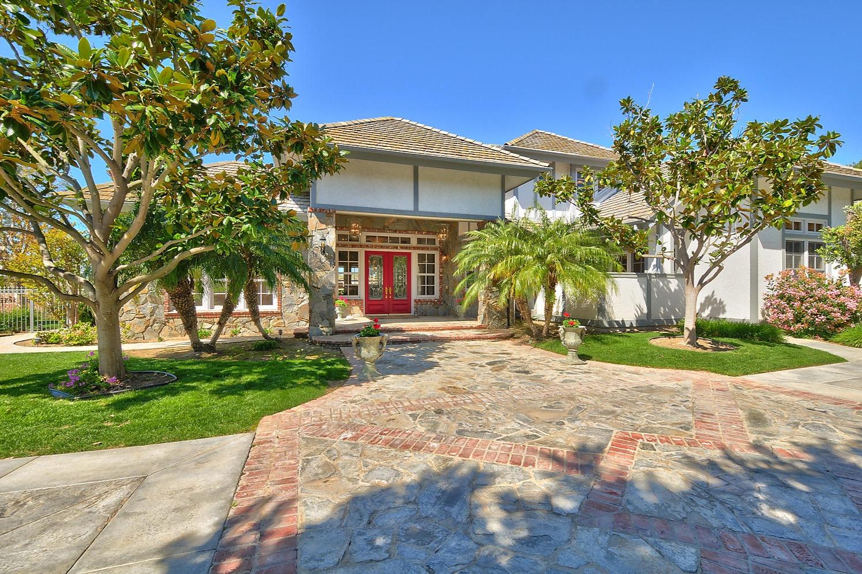 1012 Corte Barroso, Camarillo, CA Closed/ Listed at $1,739,000