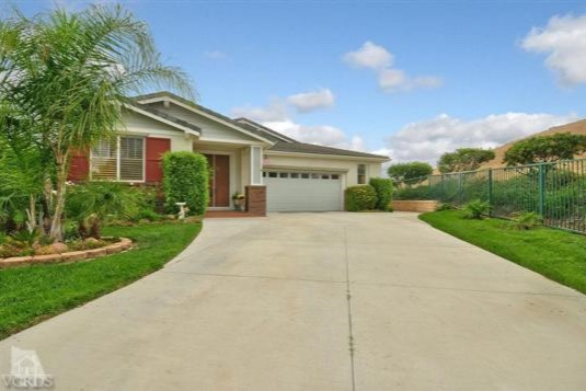 1090 Poplar Ct, Simi Valley, CA Closed/ Listed at $649,000