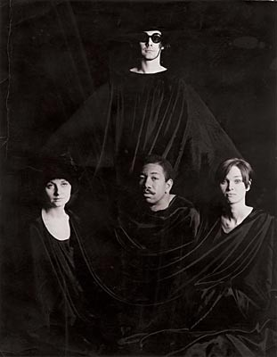 1967 James Lee Byars,  Four in a Dress
