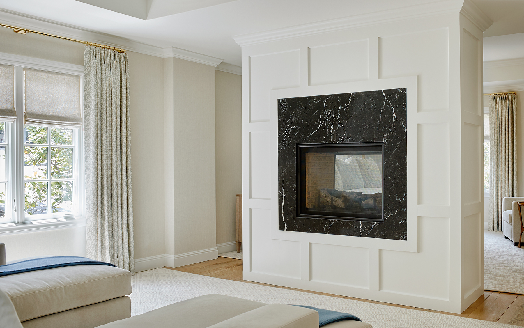 221170_MasterSuite_Fireplace.jpg