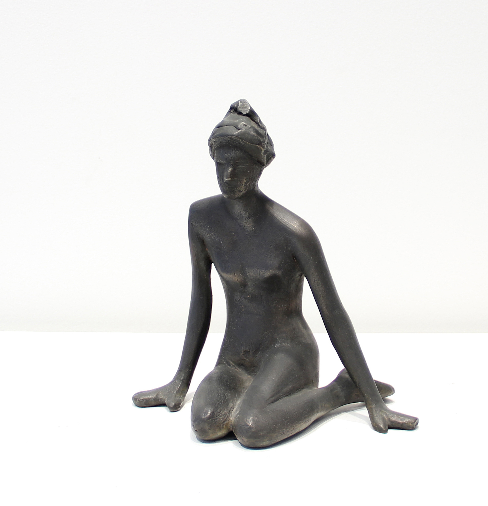 Sitting Woman Maquette