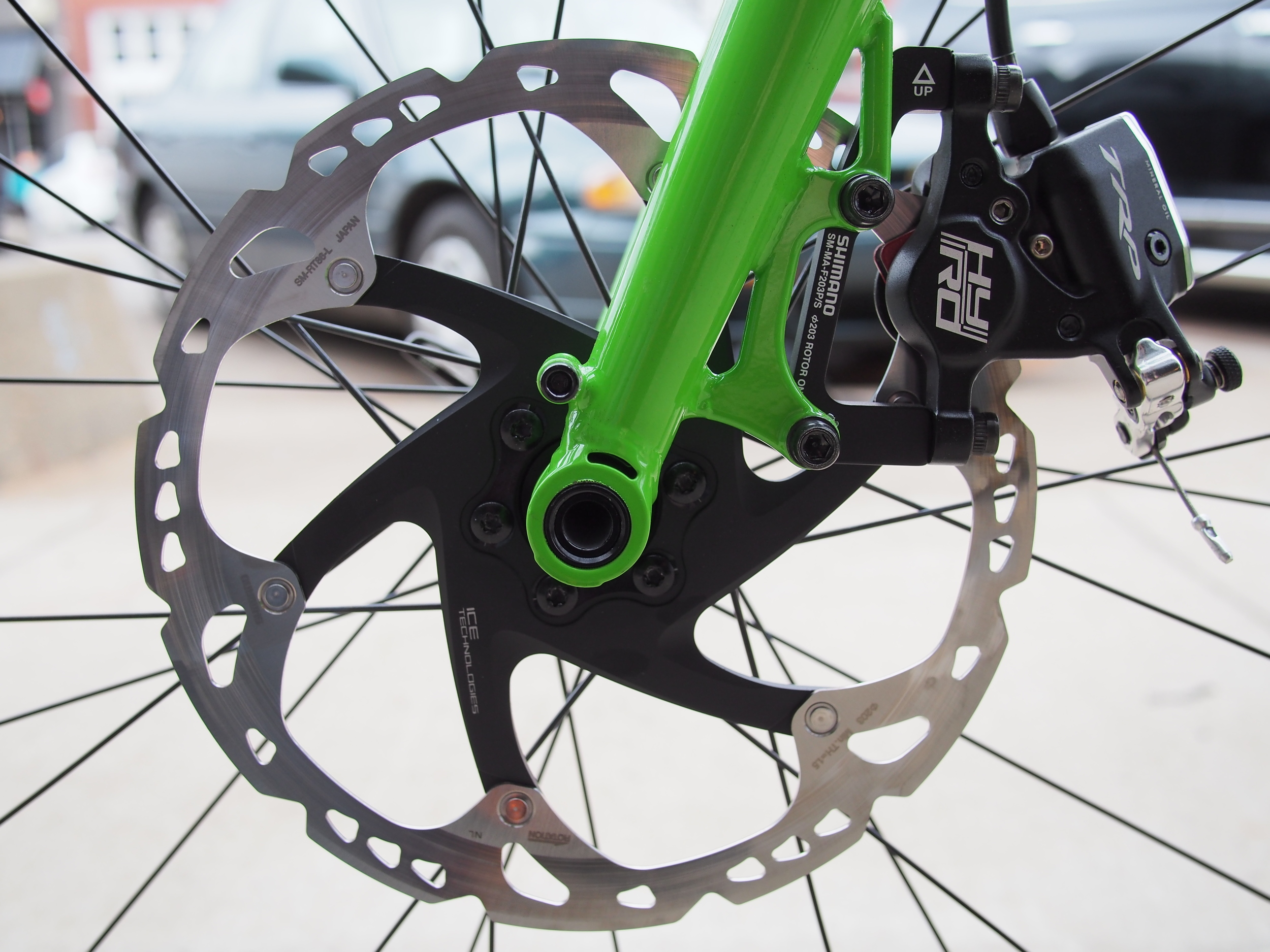 TRP HY/RD are the perfect setup on the tandem. Tons of stopping power.