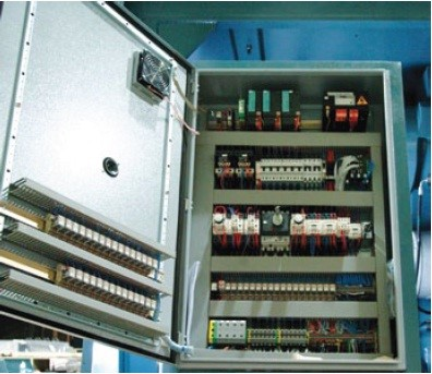 Electrical and Electronic System for 240/330/360  Only the World leading electrical and electronic components are used in DURMA machines.  The system has current overload protection components integrated into it.