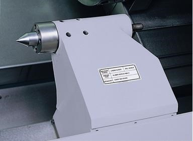 Fully Programmable Hydraulic Tailstock  - # 5 Morse Taper Tailstock with 625mm of Travel. 20mm quill movement. - Max. part length 578mm or (545mm with quill extended) - Min part length 20mm or (0mm with quill extended) - Rapid traverse speed 5.5 m/min   Live Centre  - High quality live centre suitable for high speed machining