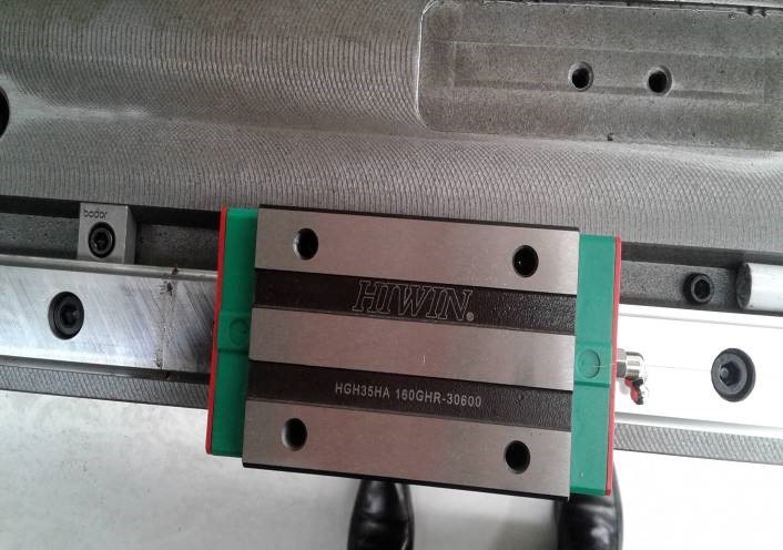 Linear Bearings   BODOR uses high precision Taiwanese linear bearings on all moving ways.