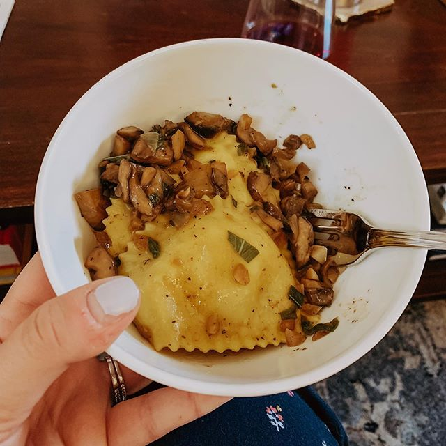 Fancy way to end LDW with @halfbakedharvest Herby Buttered Balsamic Mushroom Ravioli, made far less fancy by pjs, couch, and chipped nails 🤷🏼‍♀️