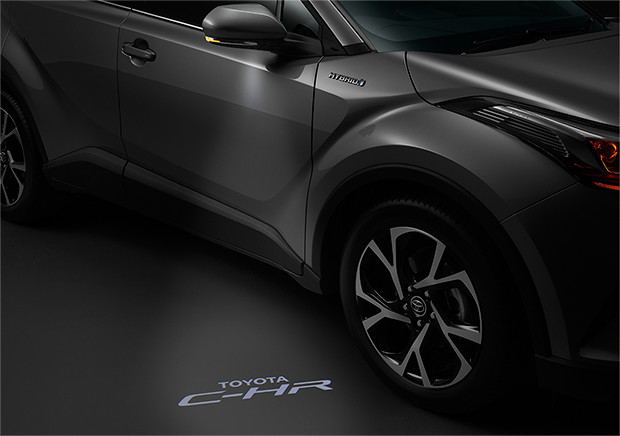 Flaunt That Look - Interestingly invented in a lust and playful manner, TOYOTA C-HR incorporated the foot illumination that emerges the car name logo when driver approaches the car.