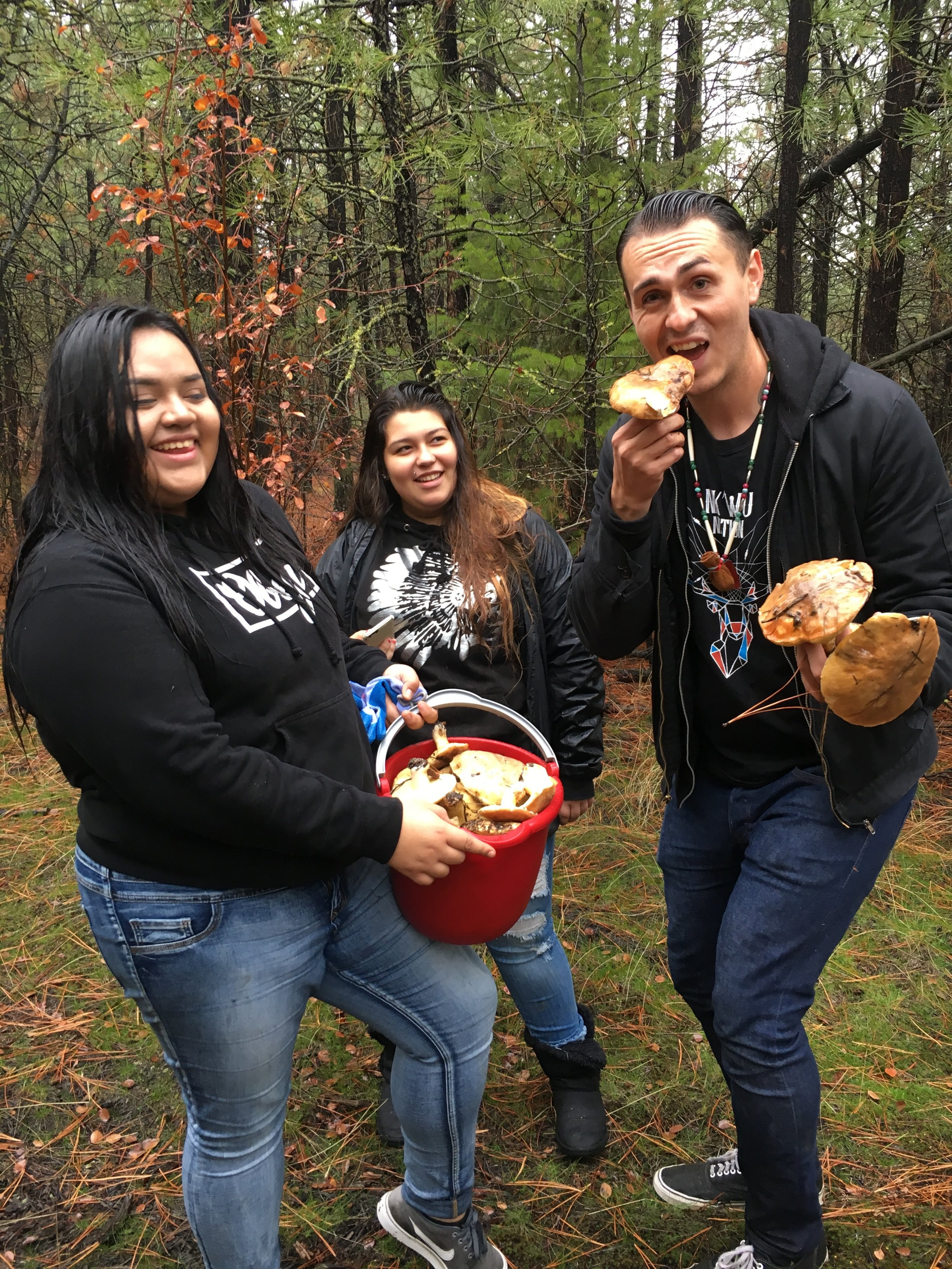 Youth had a lot of fun, came home with lots of king boletes mushrooms