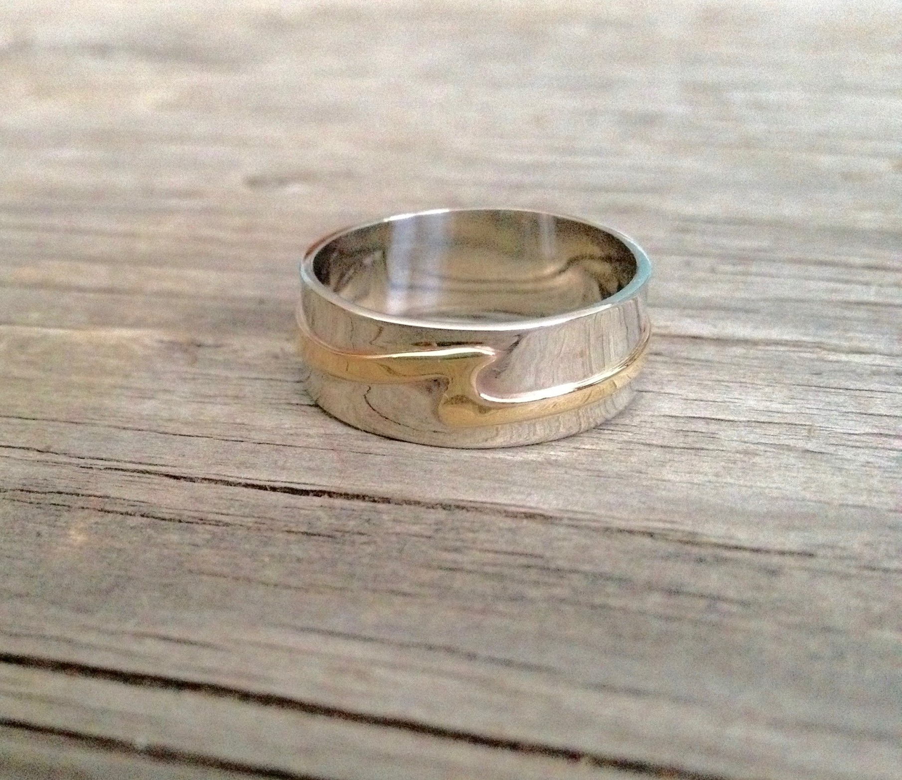 Mens 10kt White & Yellow Gold Wave Ring
