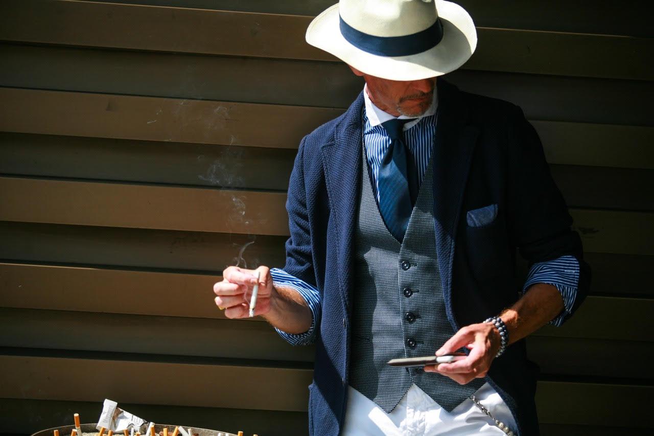 Smokin' shot by pakbae.tumblr.com