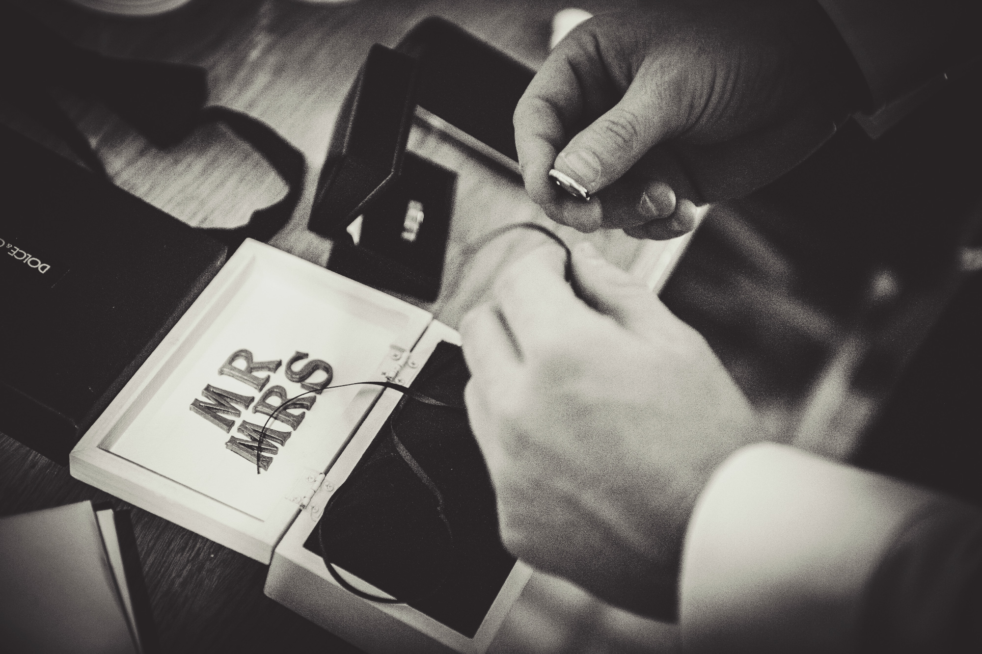 WEDDING_STATIONERY_BOXES_14.jpg