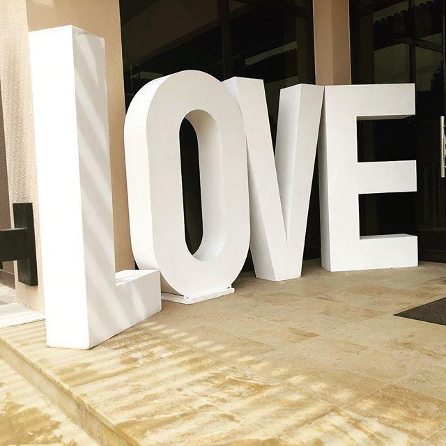 Love is in the air ❤️❤️❤️❤️ #weddingprops #weddingideas #weddingdecor #rubello #rubellostyling #hertfordshireweddings #londonweddings #essexwedding #weddinginspiration