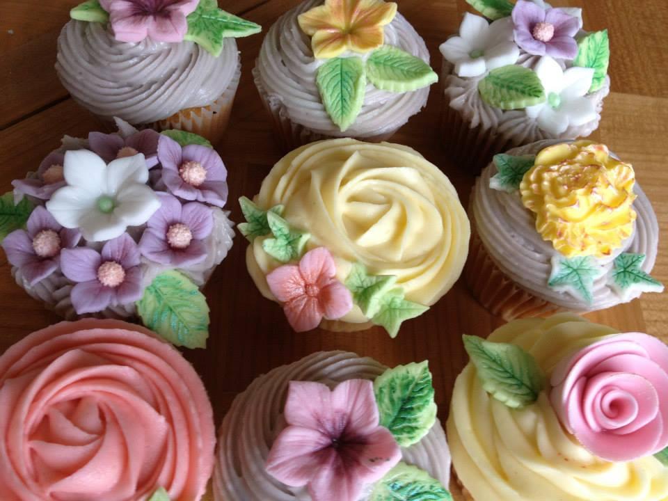 Flower cupcake FD.jpg
