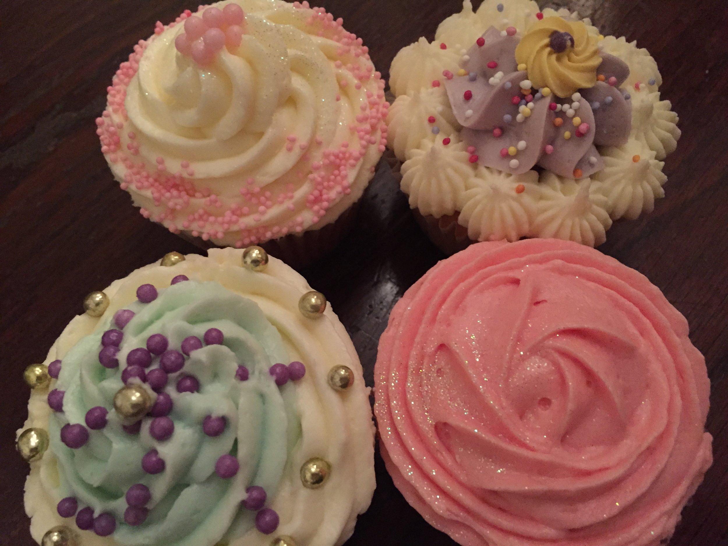 4 cupcakes me Unilever.JPG