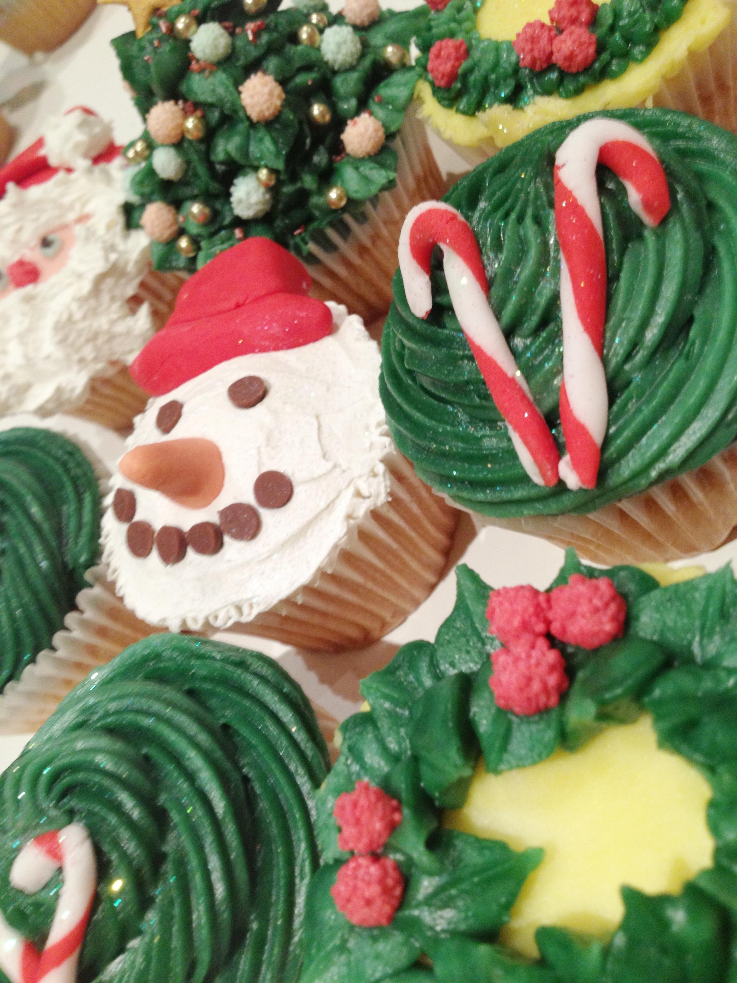 Xmas cakes 1.JPG