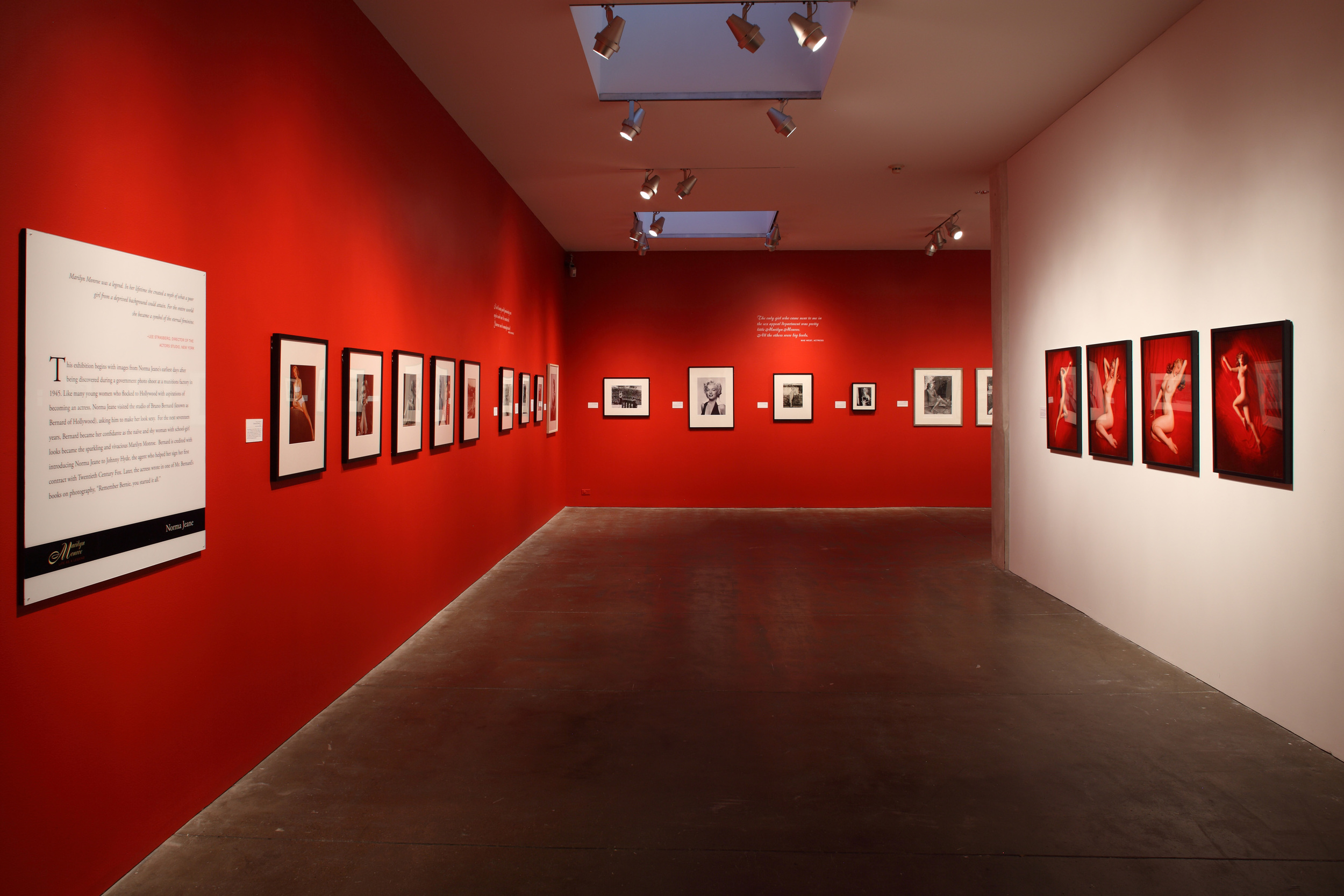 Marilyn Monroe - Life as a Legend at The Andy Warhol Museum, Pittsburgh, 2010 0004.JPG
