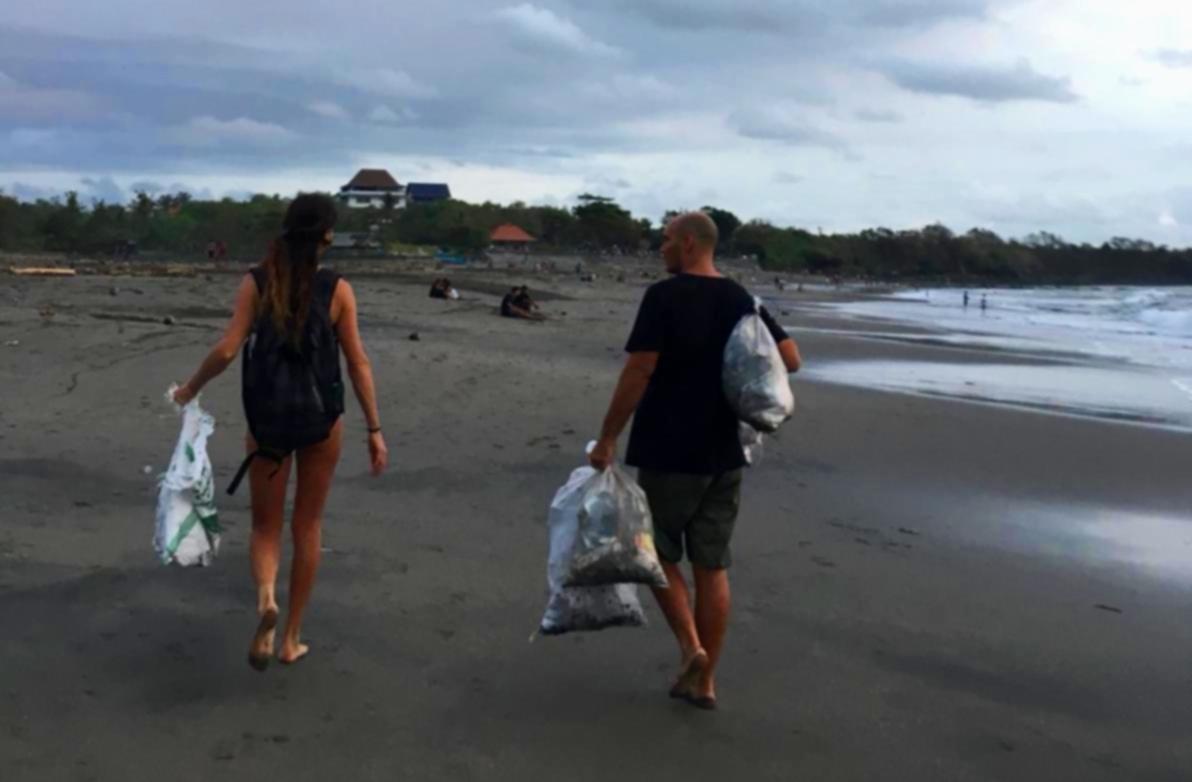Cassava bags,  Conscious clothing