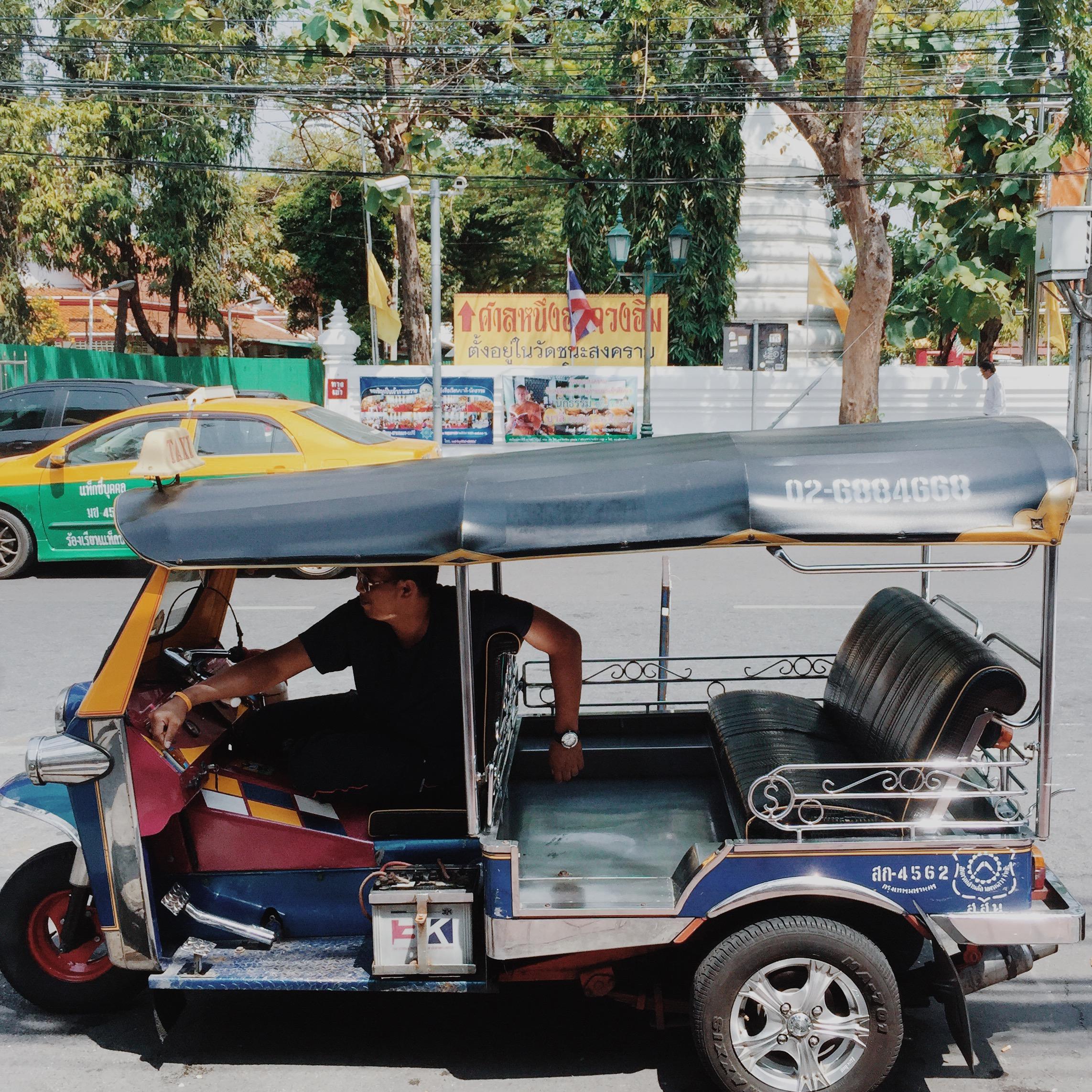 sta tuktuk.JPG