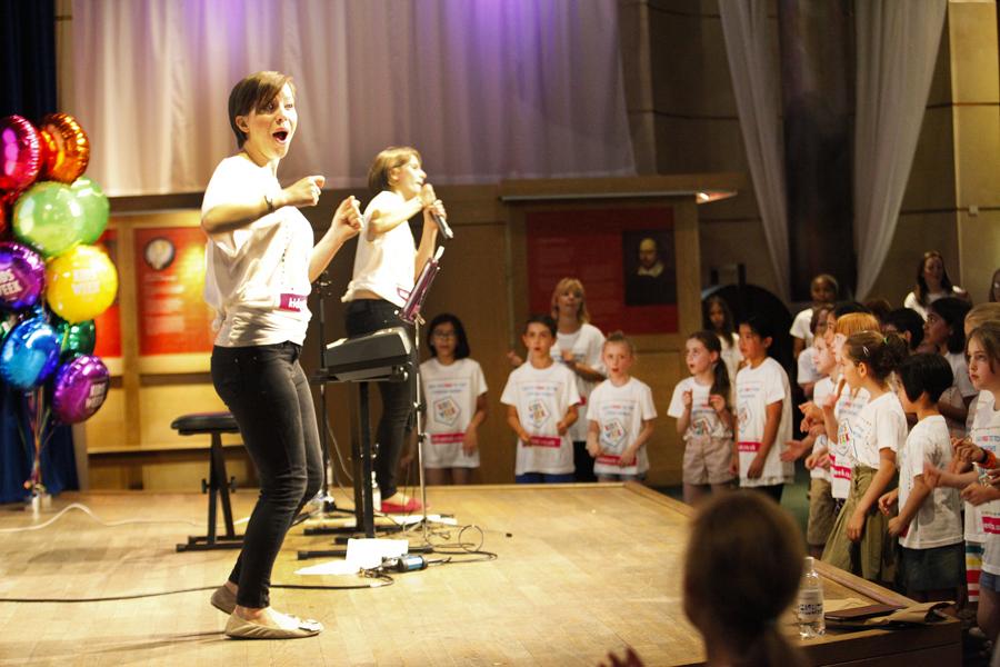 We love group singing!