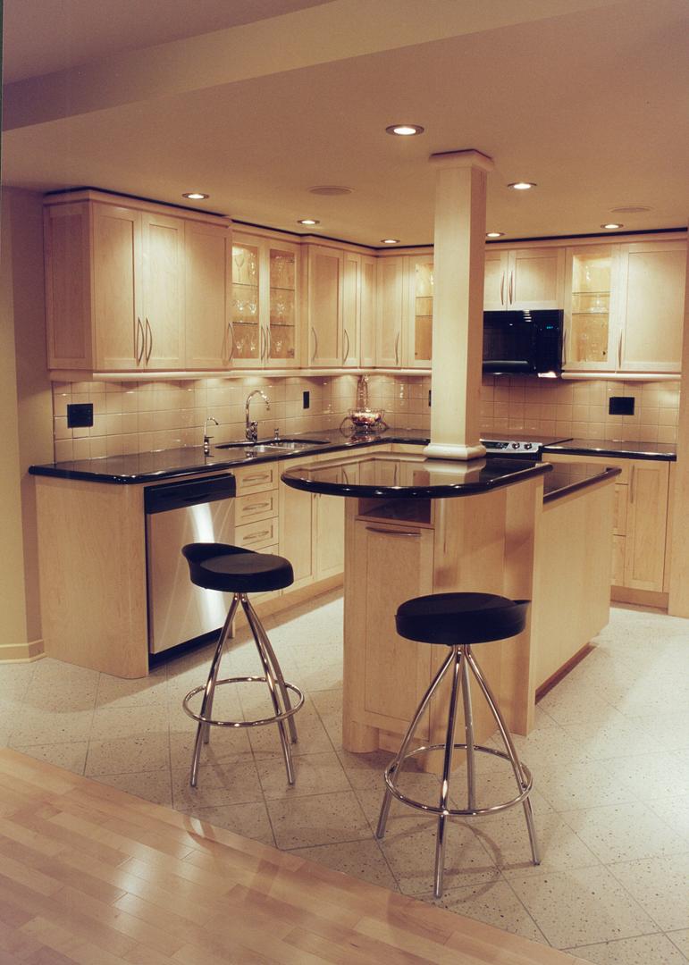 condo kitchen 2.jpg