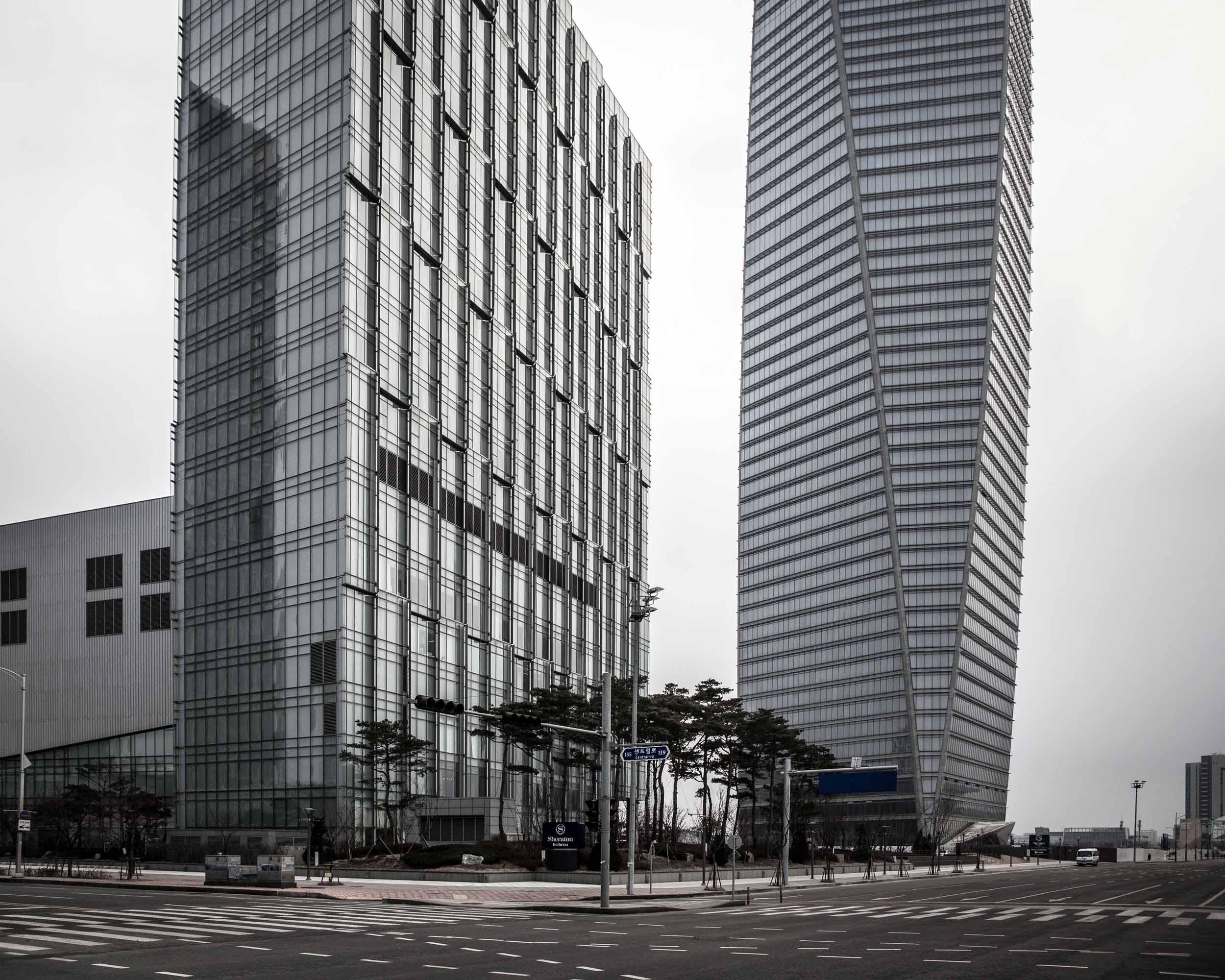 Songdo International Business District  (37).jpg