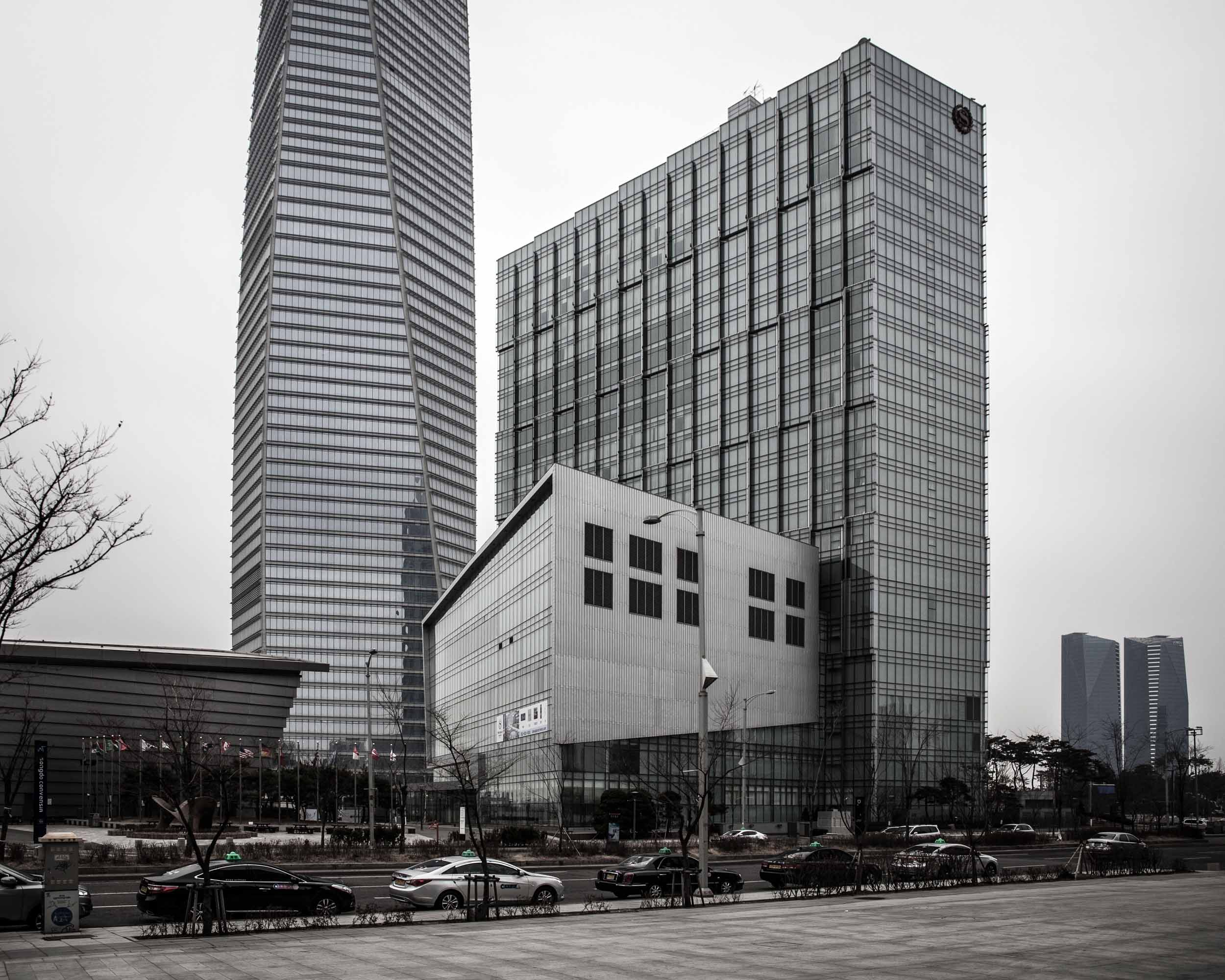 Songdo International Business District  (38).jpg