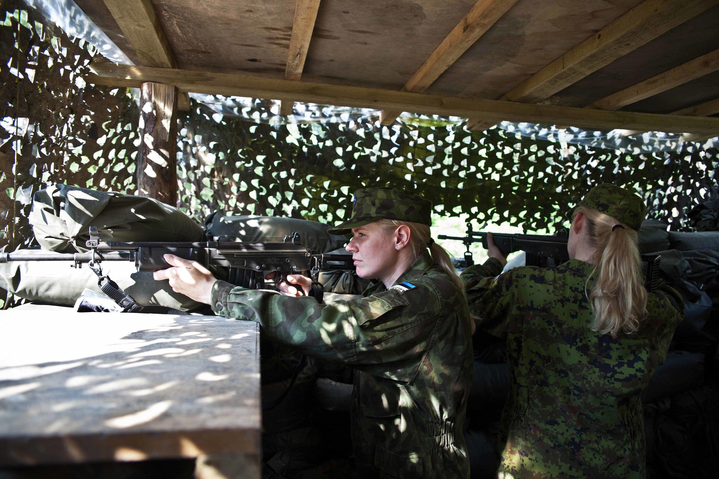 Estonia - Paramilitary Women 10.jpg