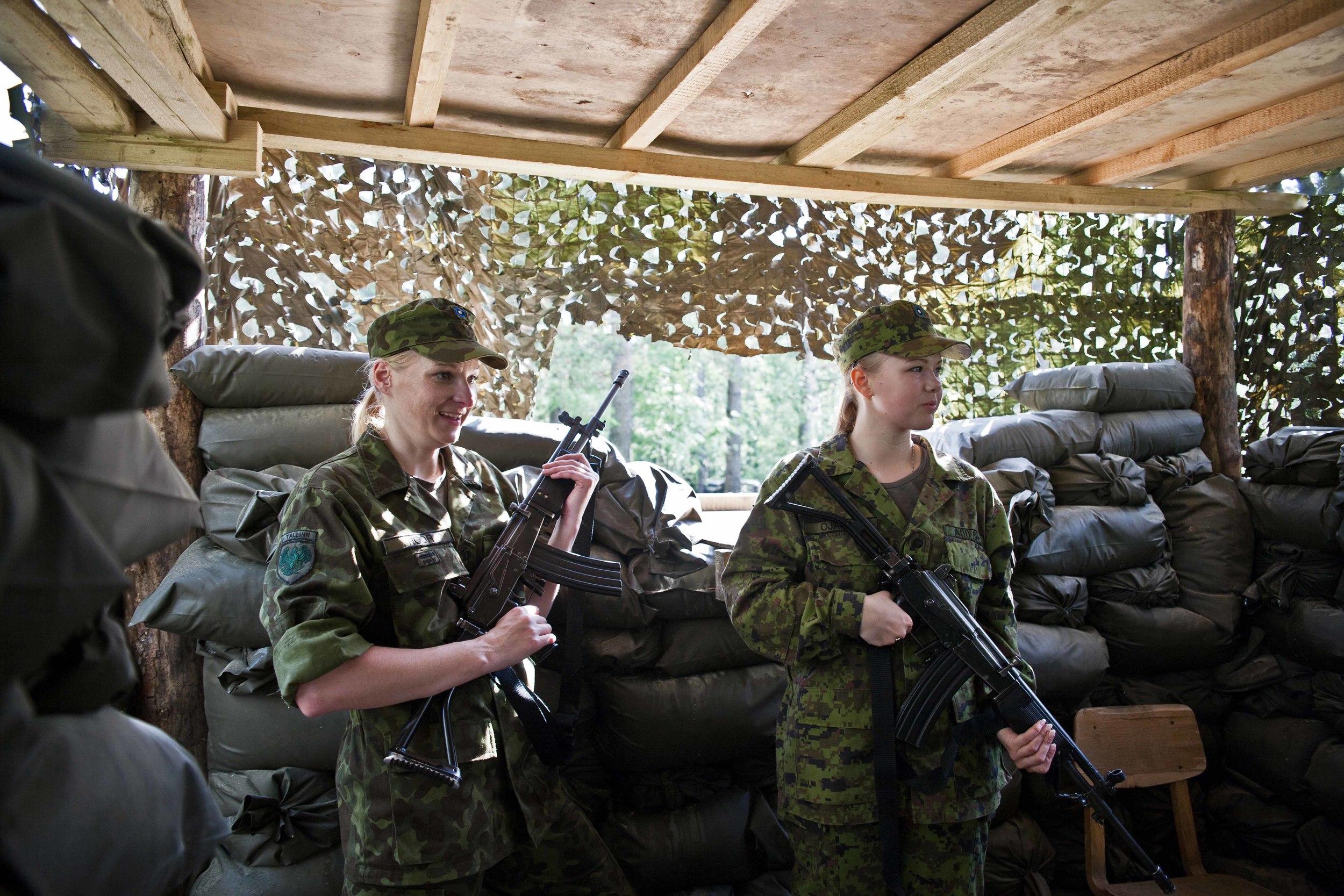 Estonia - Paramilitary Women 13.jpg