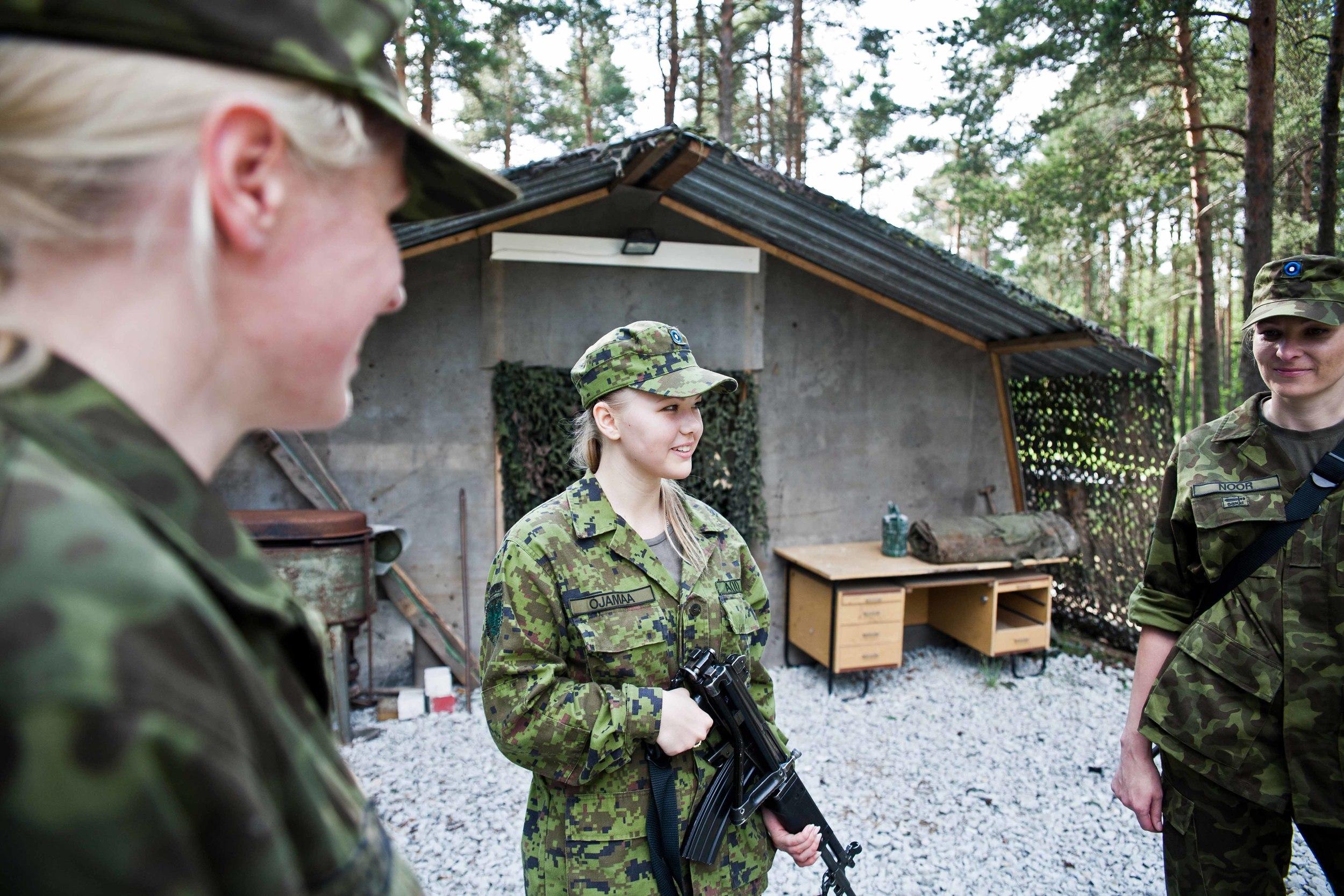 Estonia - Paramilitary Women 22.jpg