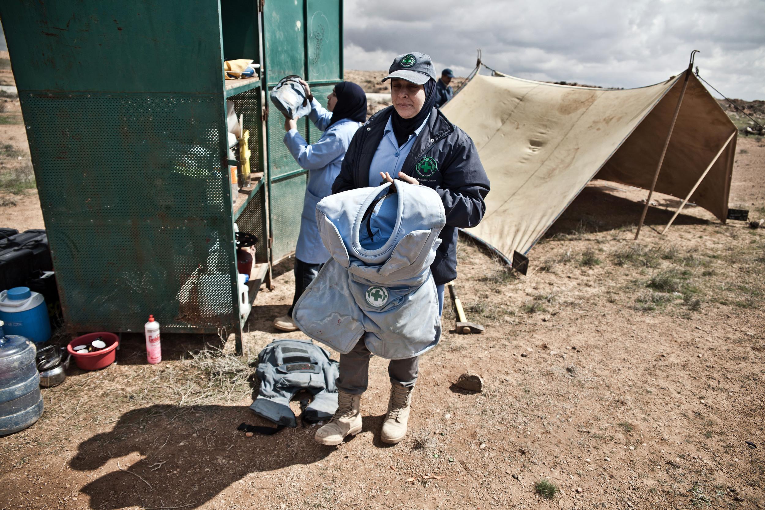 Jordan - The Female Demining Team 11.jpg