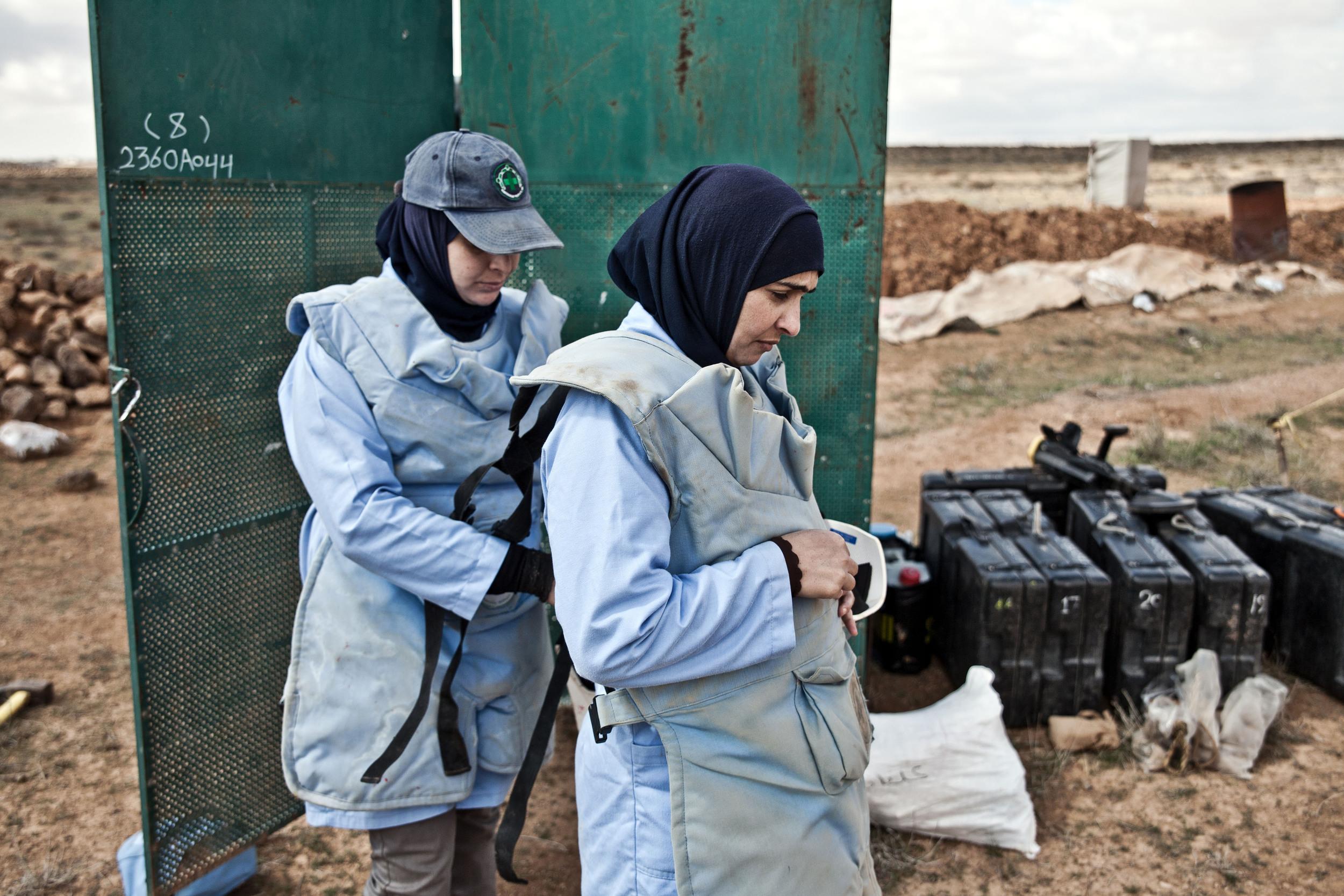 Jordan - The Female Demining Team 12.jpg