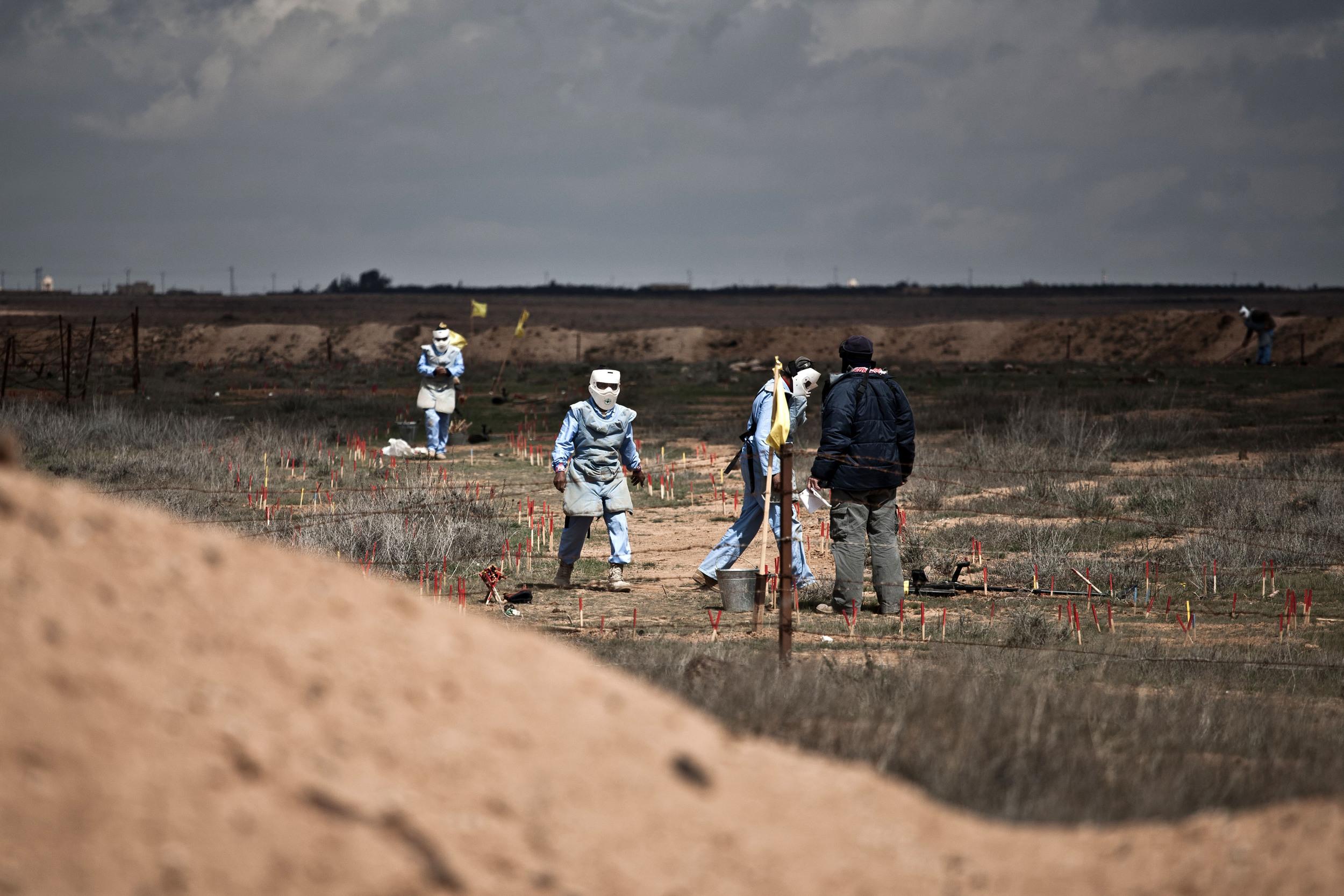 Jordan - The Female Demining Team 17.jpg