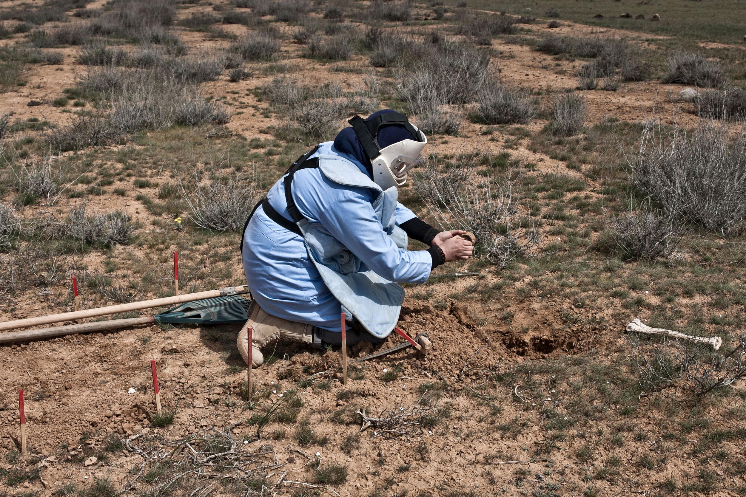 Jordan - The Female Demining Team 24.jpg