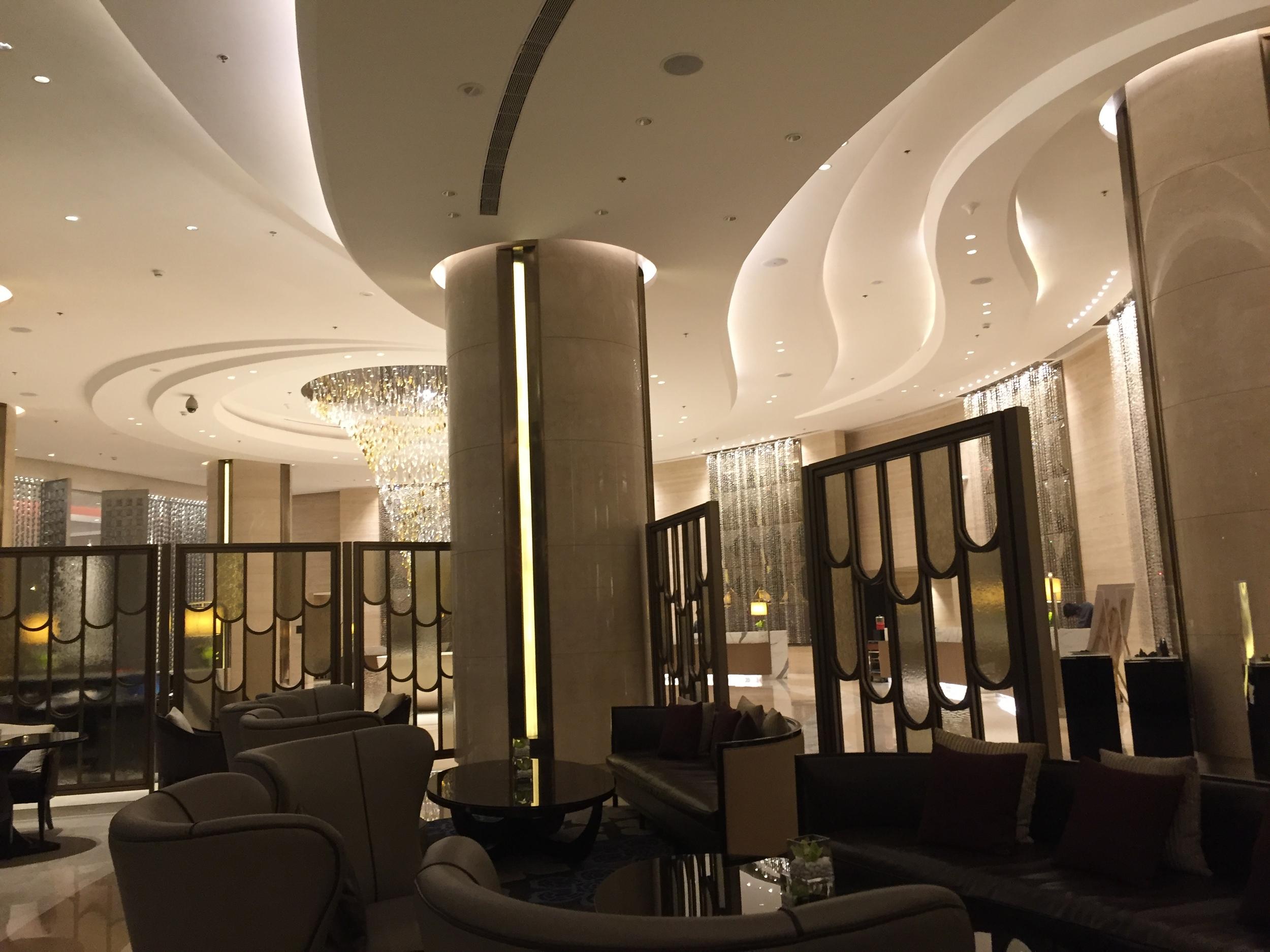 Lobby of the  Mumbai Marriott .