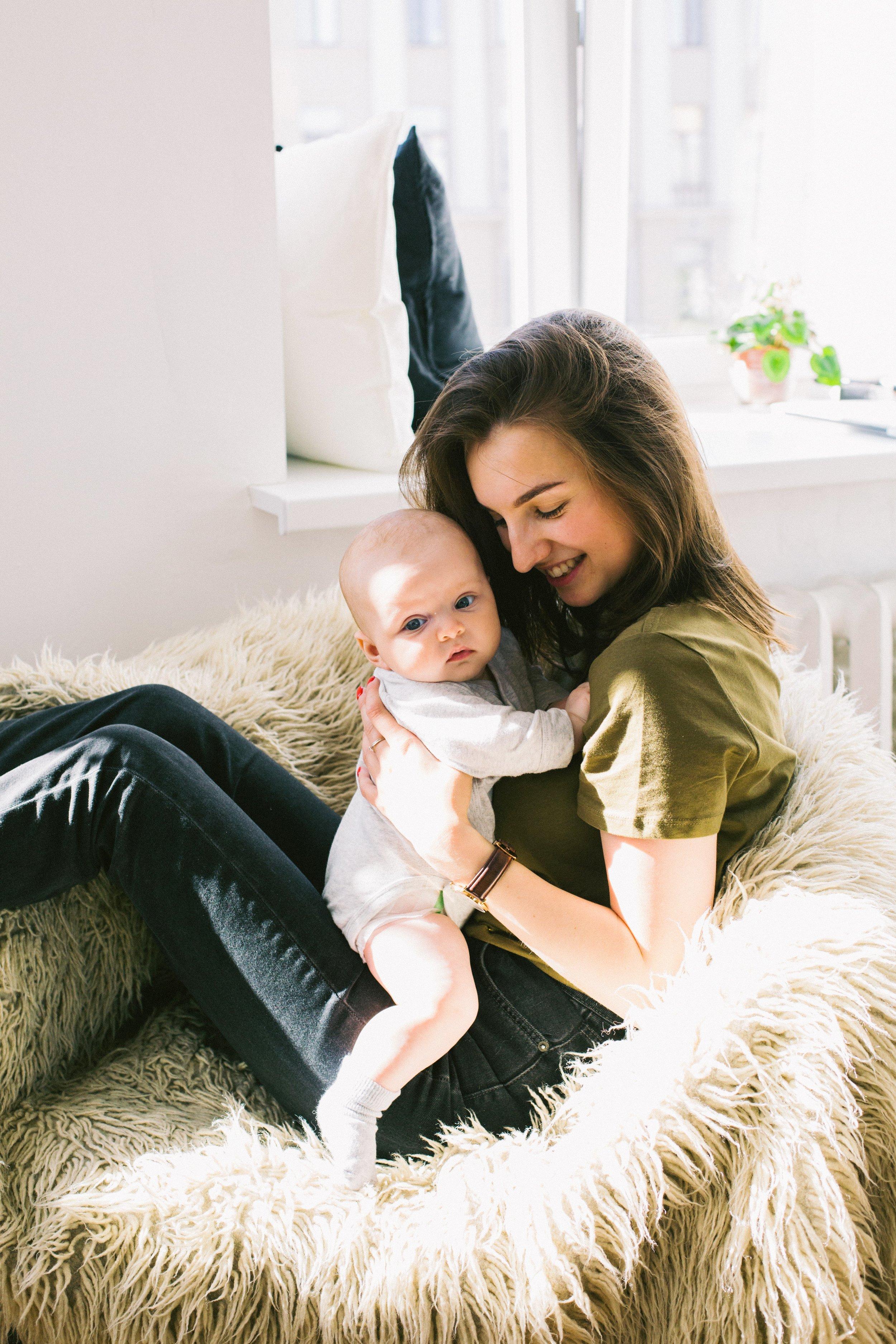 adorable-adult-baby-698877.jpg