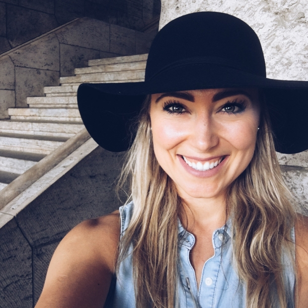 Lauren Ritchie    Ep. #65    Mentorship . What do you do when you have one? And do you need one? With 5 steps, Lauren dives deep into the strength, approach, and relationships with a Mentor.