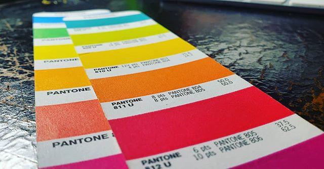 Holy hotness batman.  Working on a secret print project and breaking out all the fluorescent colors. Want to work on something bright together?  Let's chat!  #pressdunord #printersofinstagram #letterpresslife #printingfordays #platenpress #selfemployment #originalheidelberg #printlocal #duluthletterpress #zenithcity #craftingsomethinggreat #lincolnpark #lpcd #letterpressbusinesscards