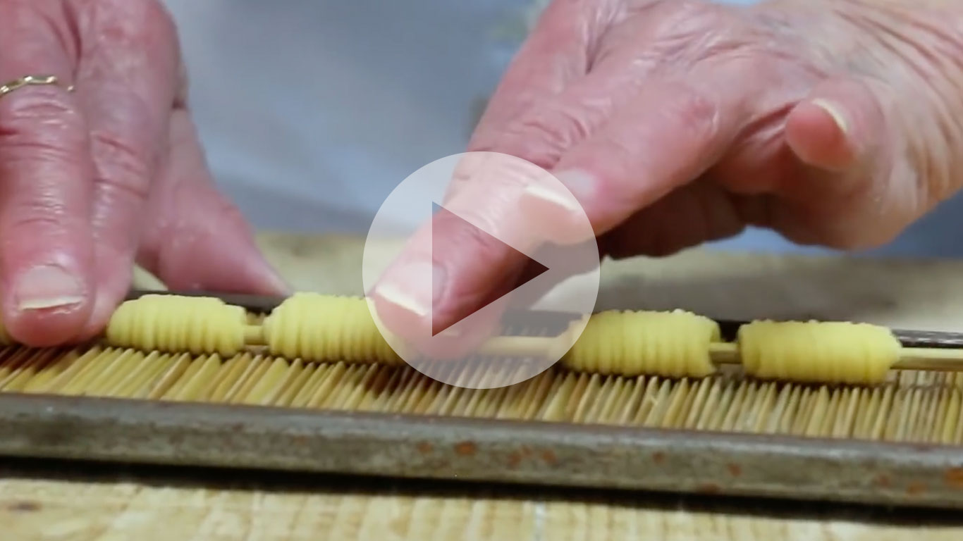 Discover a rigatoni style pasta called 'lolli nte usa' from Sicily