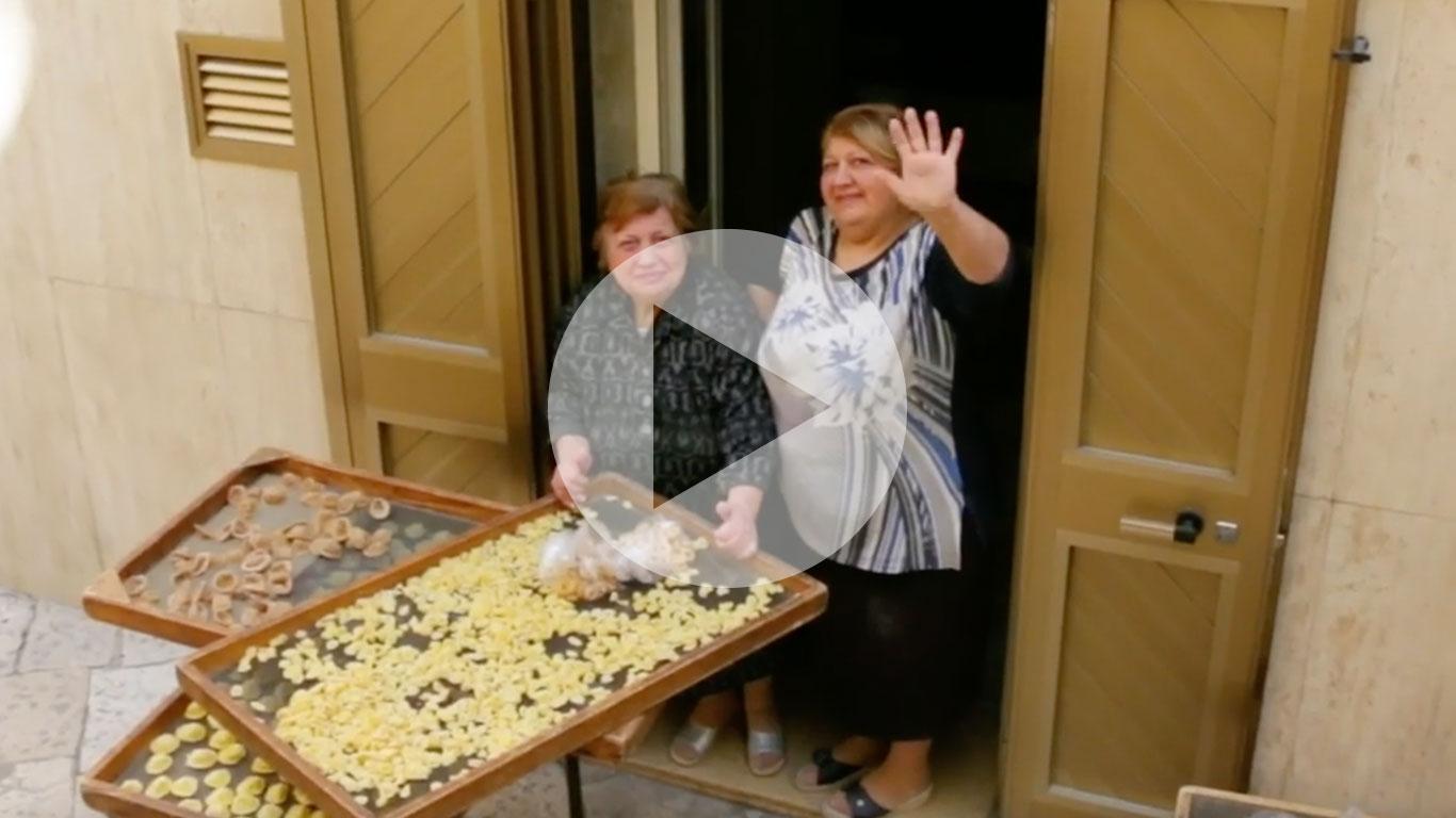 Pasta Grannies snacks on panzerotti from Puglia!