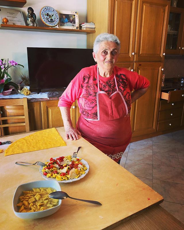 Rosa with her sfoglia lorda finished two ways - modern and traditional. You can find out more on her episode posted today on the Pasta Grannies YouTube channel. And p.s modern was delish but traditionally served 'in brodo' was better 😊 pps in the book there's her recipe for paglia e fieno - straw and hay pasta  #pastagrannies #sfoglialorda #emiliaromagna