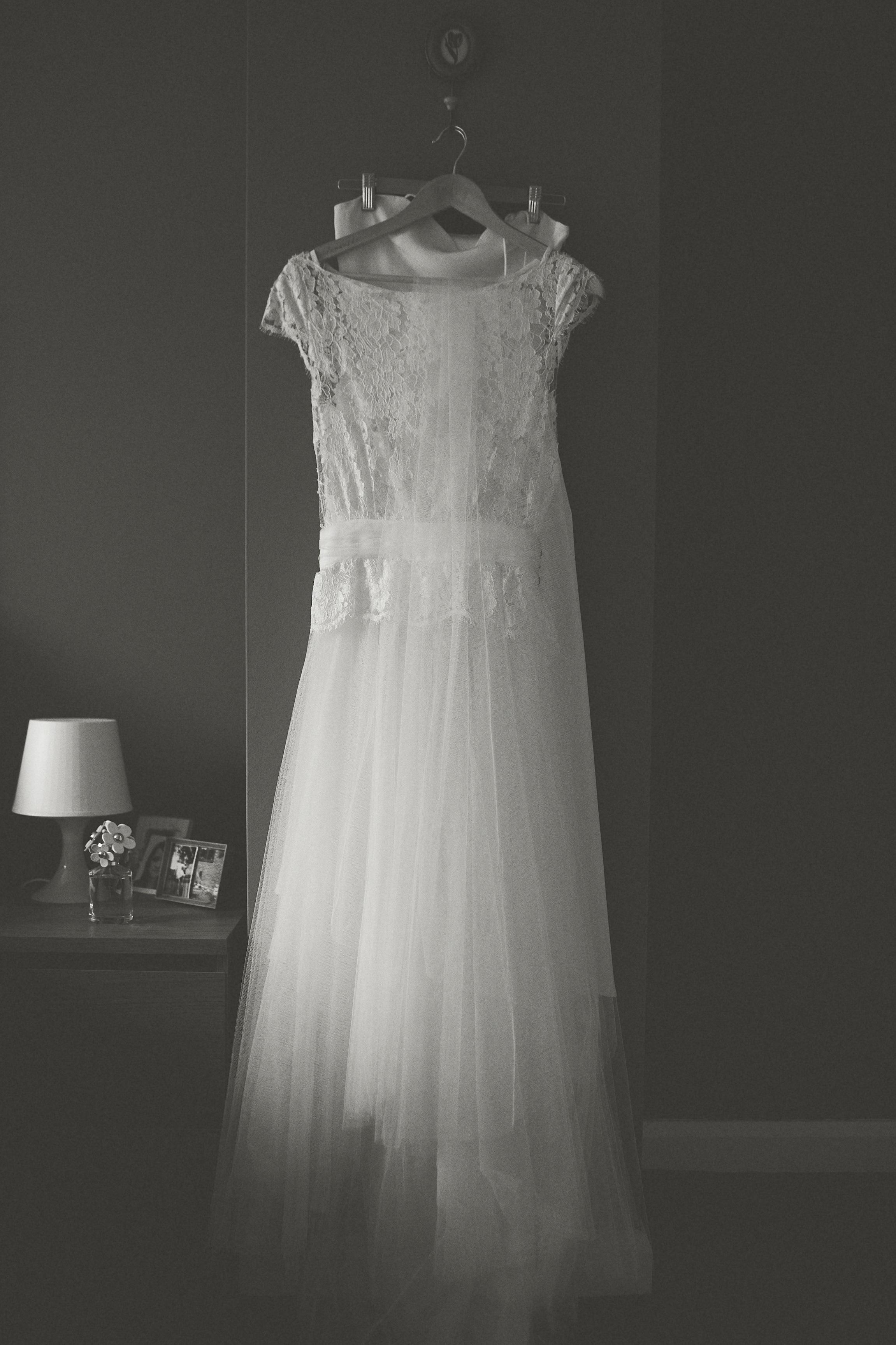 Samantha-Yorkshire-Sheffield-Bespoke-Vintage-Lace-Tulle-Bride-Wedding-Dress-Susanna-Greening-Derbyshire-1